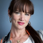 """Fun! Actor Juliette Lewis Talks about """"The Happiness Project"""" in Us Weekly Magazine."""
