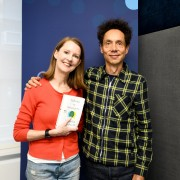 """Podcast 241: Malcolm Gladwell Talks About """"Talking to Strangers"""" Plus a Delicious, Healthy Hack"""