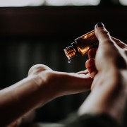 Podcast 233: Get Rid of Your Wart (Literal and Metaphorical) and Connect Better with Friends.