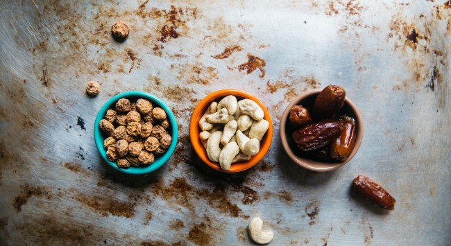 7 Strategies to Curb Snacking While Safe at Home During COVID-19