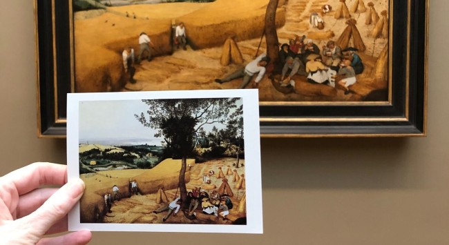 A Museum Experiment with Postcards: How to See Art in a New Light