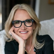 """Mel Robbins: """"I Raise My Hand and High Five My Reflection."""""""